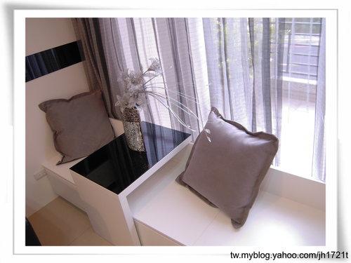 台中系統櫃 室內設計 櫥櫃訂製  櫥櫃估價 裝潢設計 客廳裝潢 置物櫃設計 (6).jpg