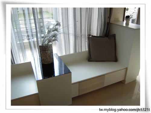 台中系統櫃 室內設計 櫥櫃訂製  櫥櫃估價 裝潢設計 客廳裝潢 臥榻櫃設計 (5).jpg