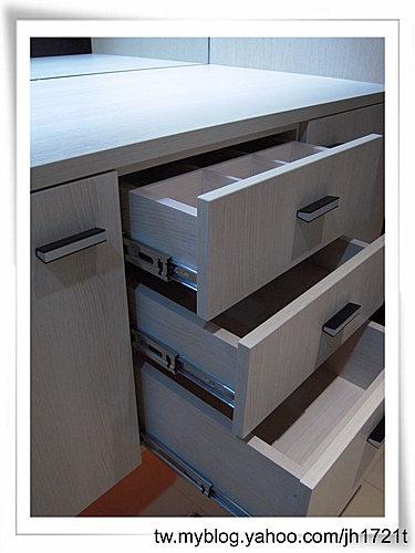 台中系統櫃 室內設計 櫥櫃訂製  櫥櫃估價 裝潢設計 客廳裝潢 (11).jpg