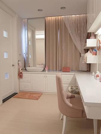 書櫃設計 書桌設計 系統櫃 女兒房設計 (4).JPG