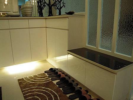 台中室內設計/系統廚櫃/鞋櫃設計