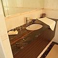 浴室洗手檯收納01.jpg