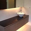 浴室收納櫃1.jpg