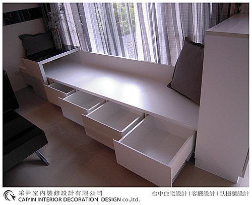 台中室內設計 居家裝潢 系統櫃 室內設計 臥榻櫃設計.bmp