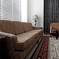 台中室內設計 臥室設計 天花板裝潢 衣櫃鋁框門 (17).jpg