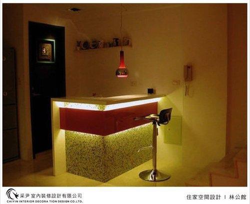 吧檯設計 客廳裝潢 玻璃隔間設計 電視牆旋轉設計 系統家具  (1).jpg