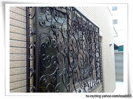 台中室內設計 鋼鋁工程 鋁門窗工程 鐵鋁門裝潢 (4).jpg