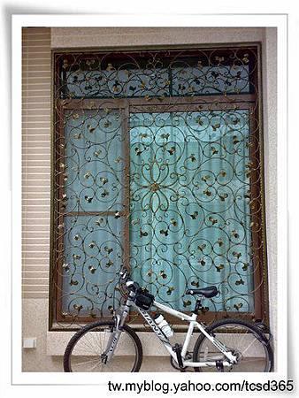 台中室內設計 鋼鋁工程 鋁門窗工程 鐵鋁門裝潢 (5).jpg