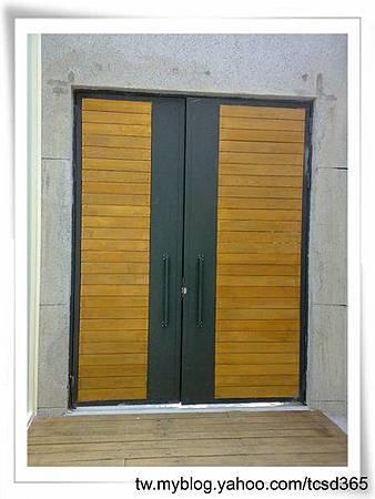 台中室內設計 鋼鋁工程 鋁門窗工程 鐵鋁門裝潢 (7).jpg