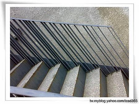 台中室內設計 鋼鋁工程 鋁門窗工程 鐵鋁門裝潢 (8).jpg