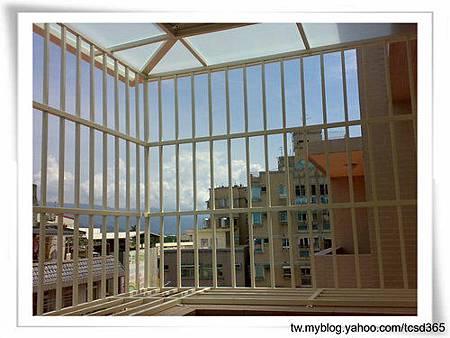 台中室內設計 鋼鋁工程 鋁門窗工程 鐵鋁門裝潢 (14).jpg