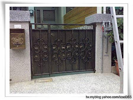 台中室內設計 鋼鋁工程 鋁門窗工程 鐵鋁門裝潢 (16).jpg