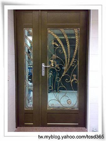 台中室內設計 鋼鋁工程 鋁門窗工程 鐵鋁門裝潢 (24).jpg