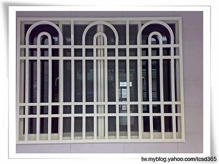台中室內設計 鋼鋁工程 鋁門窗工程 鐵鋁門裝潢 (27).jpg