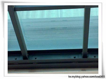 台中室內設計 鋼鋁工程 鋁門窗工程 鐵鋁門裝潢 (32).jpg