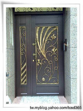 台中室內設計 鋼鋁工程 鋁門窗工程 鐵鋁門裝潢 (36).jpg