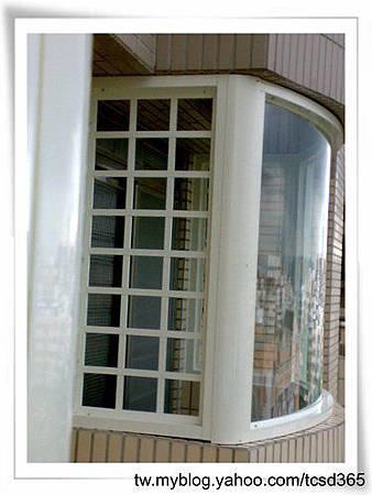 台中室內設計 鋼鋁工程 鋁門窗工程 鐵鋁門裝潢 (40).jpg