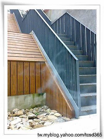 台中室內設計 鋼鋁工程 鋁門窗工程 鐵鋁門裝潢 (41).jpg