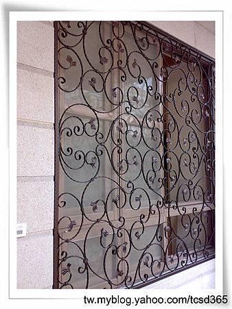 台中室內設計 鋼鋁工程 鋁門窗工程 鐵鋁門裝潢 (45).jpg