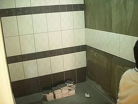 台中室內設計 大理石工程 石材工程 浴室大理石檯面 裝潢工程 泥作施作 老屋翻新 磁磚更新 浴室磁磚更新 (9).jpg