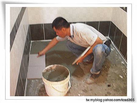 台中室內設計 大理石工程 石材工程 浴室大理石檯面 裝潢工程 泥作施作 老屋翻新 磁磚更新 浴室磁磚更新 (10).jpg