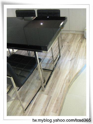 中部室內地板設計 裝潢工程 台中地板工程 老屋翻新 地板施工 居家地板 (2).jpg