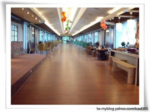 中部室內地板設計 裝潢工程 台中地板工程 老屋翻新 地板施工 居家地板 (6).jpg