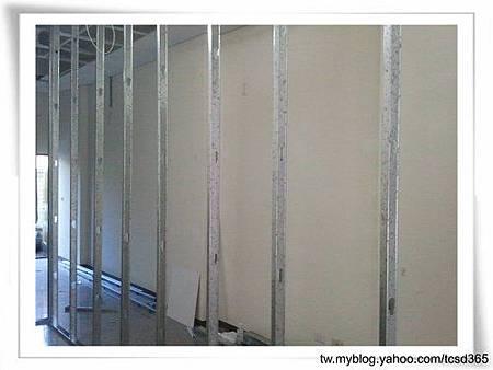 台中裝潢 輕鋼架 隔間工程 裝潢設計 (4).jpg