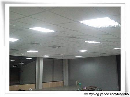 台中裝潢 輕鋼架 隔間工程 裝潢設計 (11).jpg