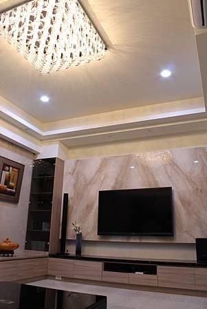 客廳設計 裝潢風水 居家裝潢 電視牆設計 大理石工程 台中室內設計 (2).JPG