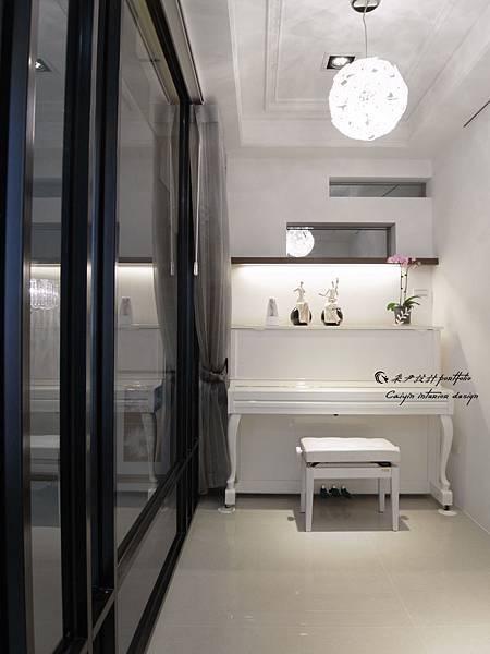 琴房裝潢估價/天花板裝潢估價/歐式線板裝潢估價