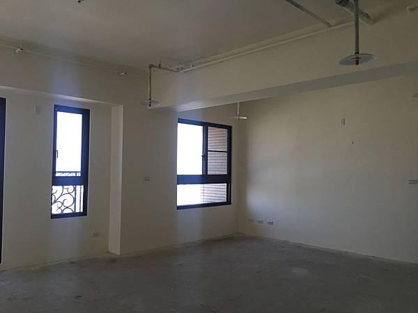 IMG_0122台中公寓大廈 室內裝潢設計