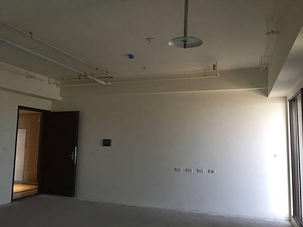 IMG_0124台中公寓大廈 室內裝潢設計