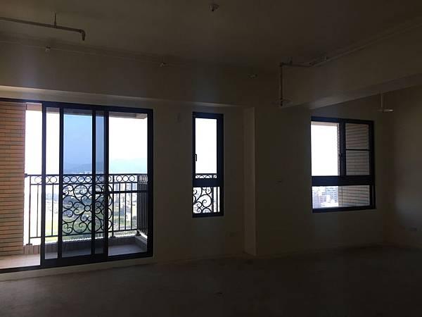 IMG_012台中公寓大廈 室內裝潢設計3