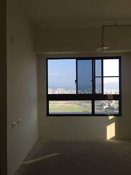 IMG_0133台中公寓大廈 室內裝潢設計