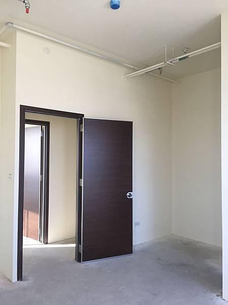 IMG_0136台中公寓大廈 室內裝潢設計