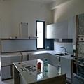 1樓 廚房區 廚具 地板防護