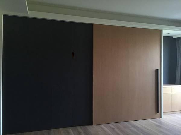 臥室衣櫃設計.JPG