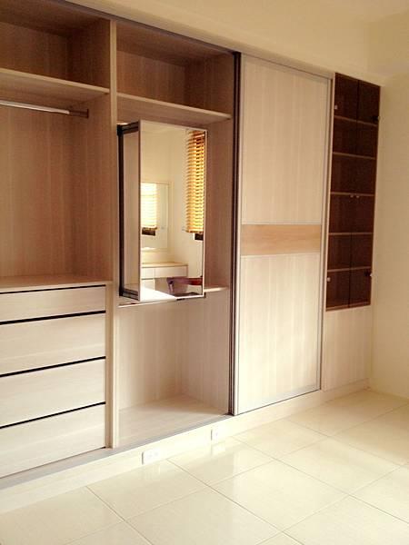 系統櫃設計 朵瓦櫥櫃 衣櫃設計