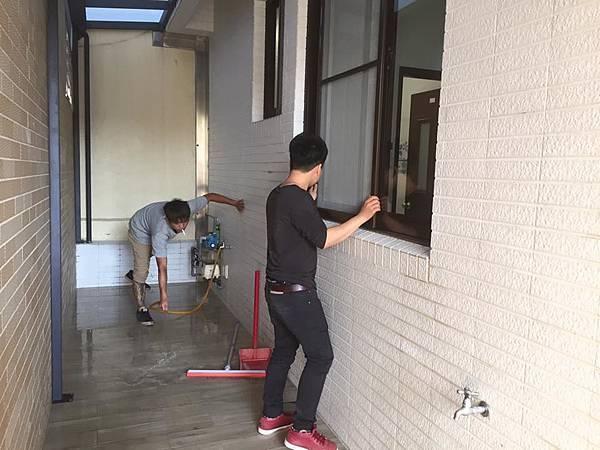 一樓清潔工程 (2).jpg
