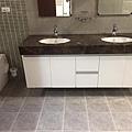 二樓浴室清潔.jpg