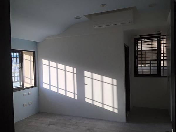 二樓清潔工程2.jpg