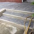 戶外階梯抿石子完成.jpg