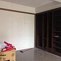 木作系統櫃施工完成.jpg
