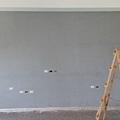 工程收尾階段 (8) 電視主牆底漆施工