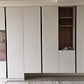 客廳櫥櫃及裝潢清掃施工 (8).jpg