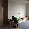 登陽廊香 客廳電視系統收納櫃組裝施工.jpg