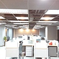 高雄辦公室 入口左側員工辦公空間