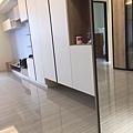 惠宇新觀 玄關及客廳空間系統收納櫃.jpg