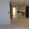登陽廊香 鋪設木地板前置作業 拆除防護 清潔工作 (2).jpg